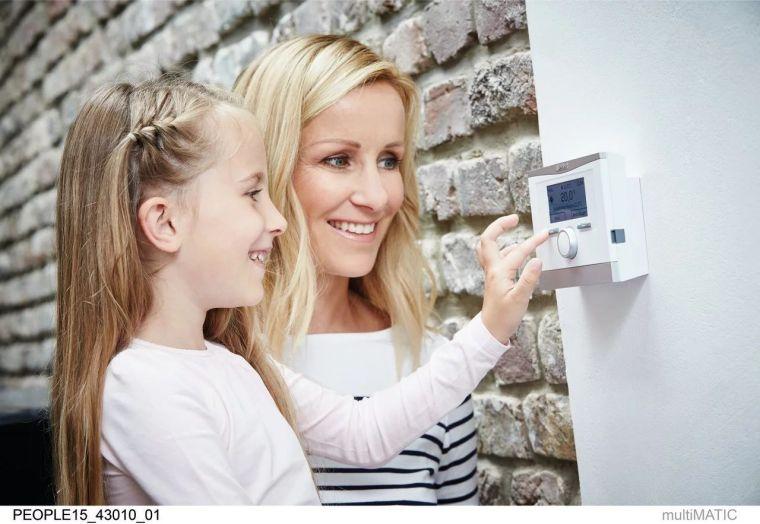 采暖系统安装选择地暖还是暖气片呢?