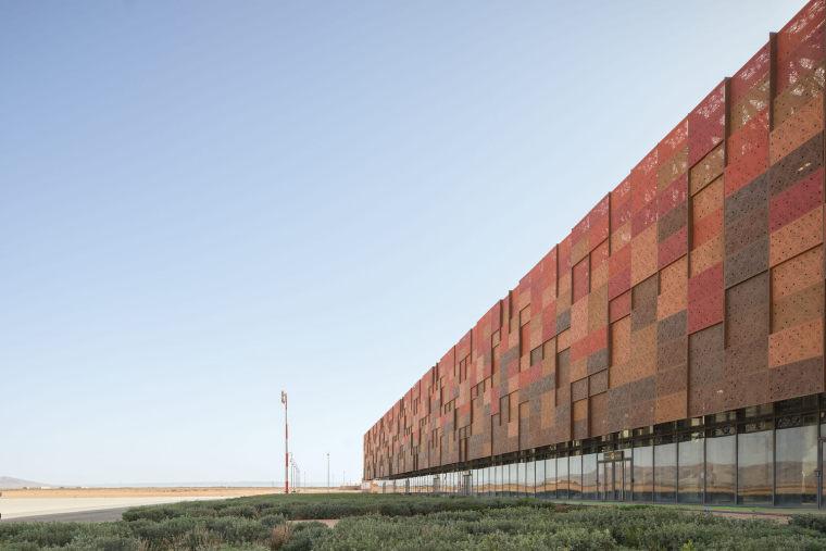 摩洛哥可拓展性盖勒敏机场外部实景图 (10)