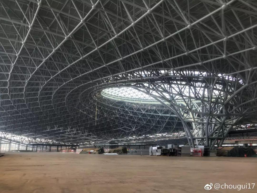 """中国最""""魔幻""""的北京大兴国际机场试飞了!黑科技满满…_31"""