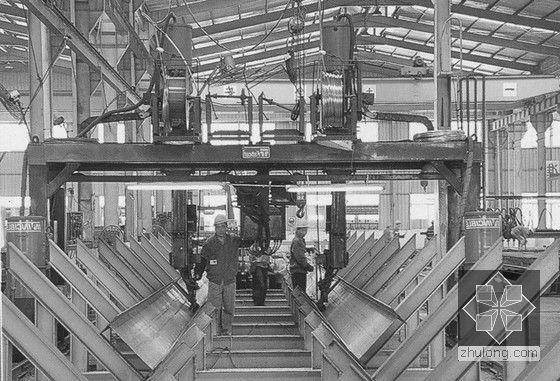 [广东]框剪结构、钢结构超高层塔楼总承包施工组织设计(400余页)-自动焊接图