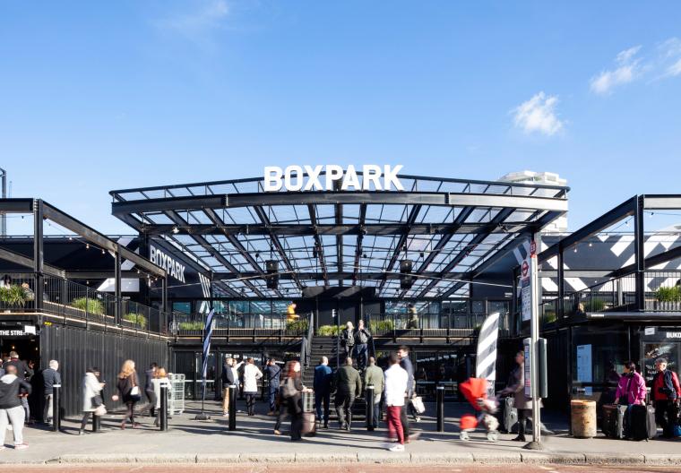 英国购物中心集装箱公园BOXPARK