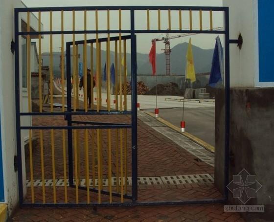 重庆某公司施工大门及安全通道做法参考图