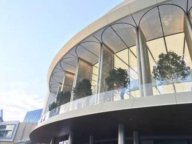 """苹果最新米兰旗舰店设计,被誉为""""欧洲最美苹果店""""_29"""