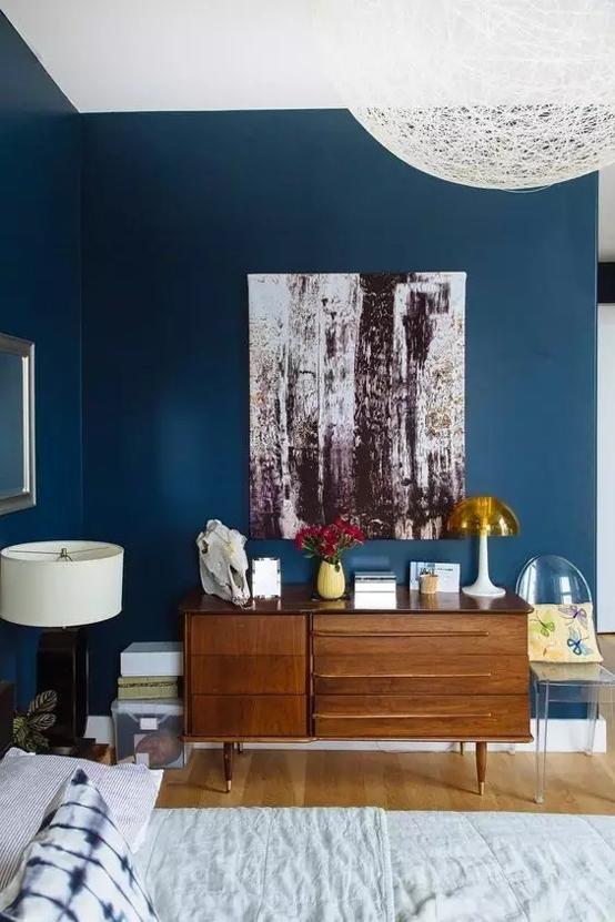 """蓝天豚硅藻泥巧用颜色搭配出一个充满""""诱惑""""的家"""