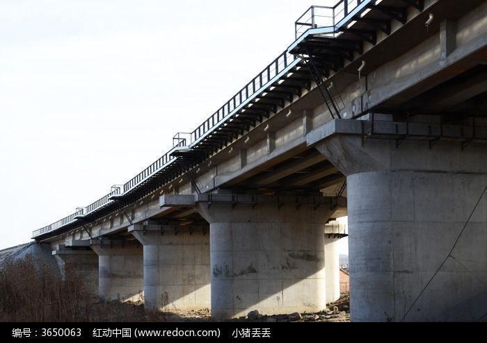 桥梁下部各个部分名词解释以及施工质量通病防治