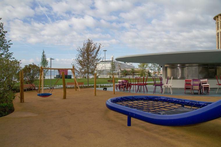 儿童游戏公园