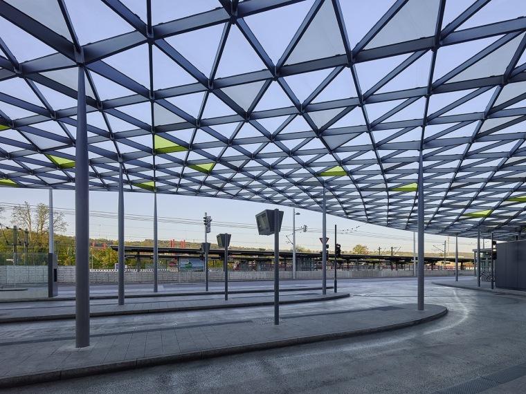 埃斯林根汽车站周围景观实景图 (2)