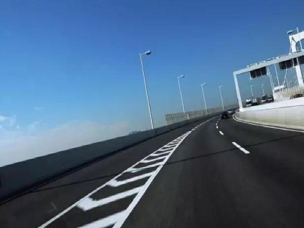 我国高速公路沥青路面建设目前应关注的几个问题
