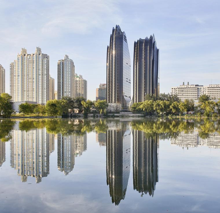 北京朝阳公园广场-3