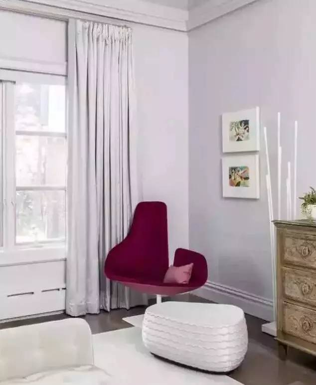 窗帘与家具的色彩搭配