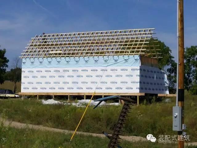 美国农村建房全程实拍——装配式木结构施工,速度快、性能好!_20
