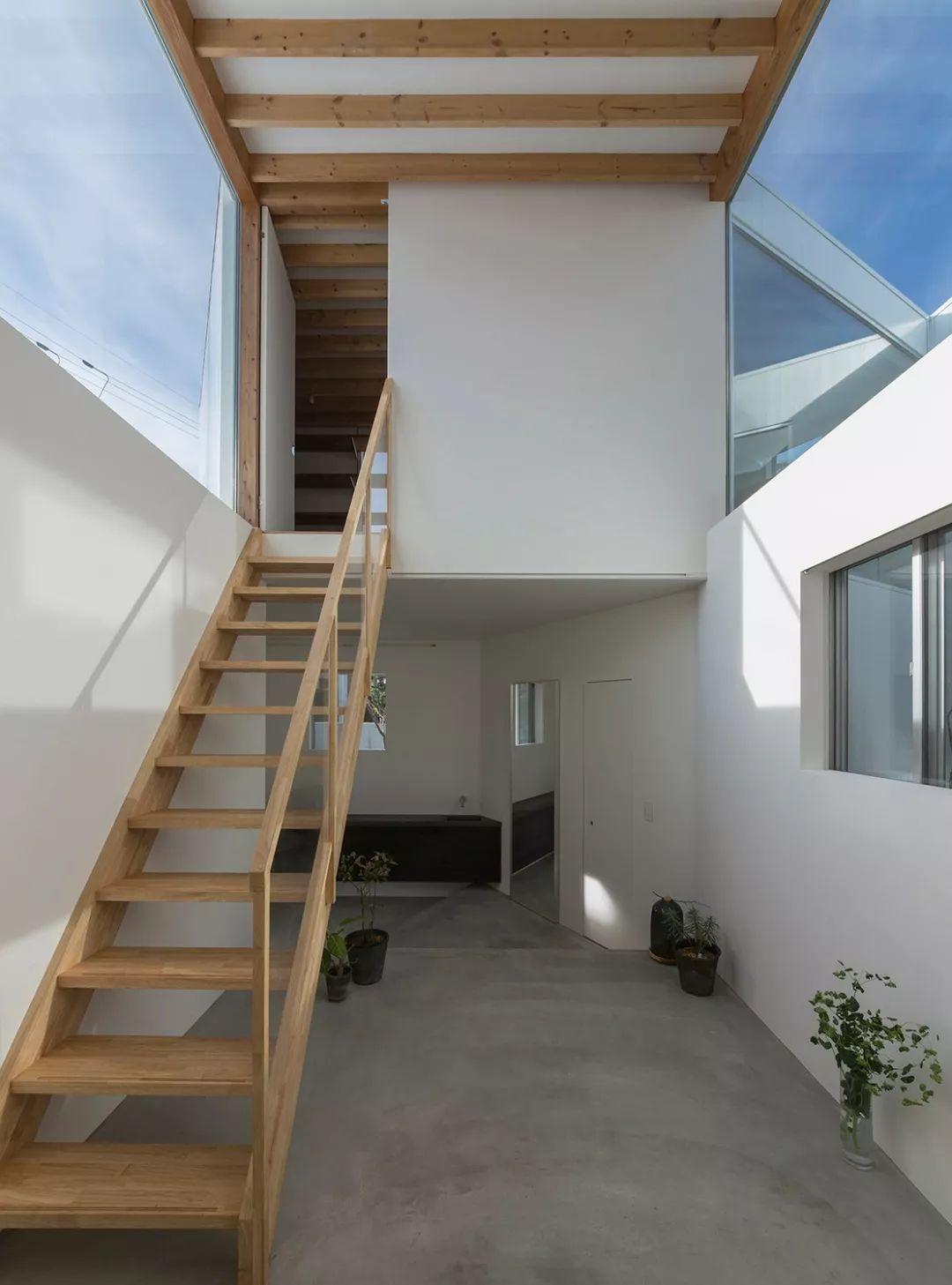 这些日本房子看着很简陋,但空间布局令人咋舌!_54