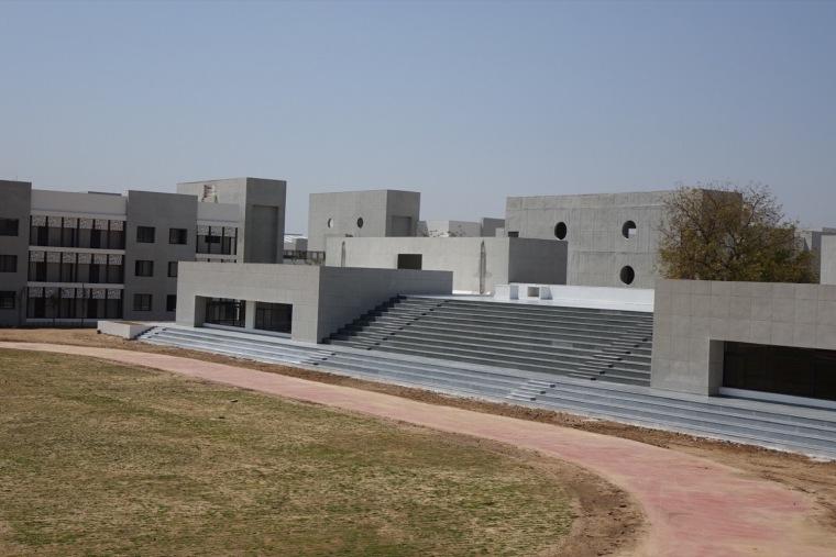 印度BAPSSwaminarayan女子寄宿学校-1 (2)