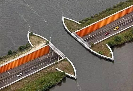 带你看看世界各地奇形怪状的景观桥,不要谢我!_9