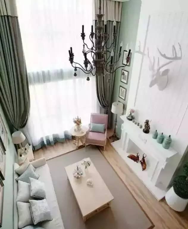 窗帘与家具的色彩搭配_4