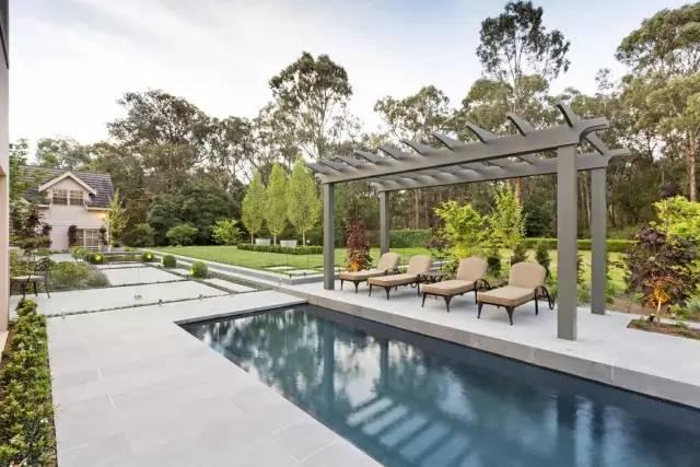 赶紧收藏!21个最美现代风格庭院设计案例_125