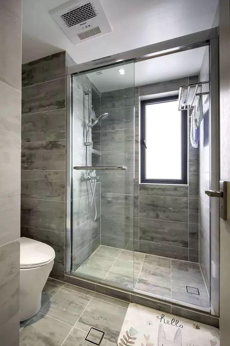 洗手间装修好了,你家毛巾都挂在哪里?