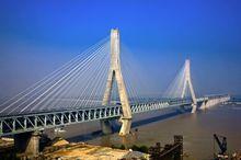 斜拉桥的原理和发展