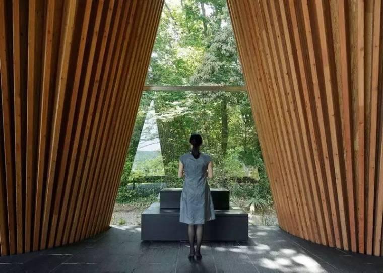 创意还是奇葩?来看看日本这些让人眼前一亮的建筑!_25