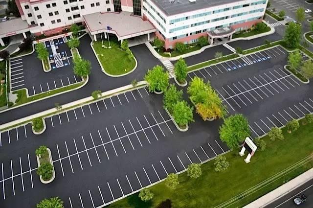停车场也玩生态_18