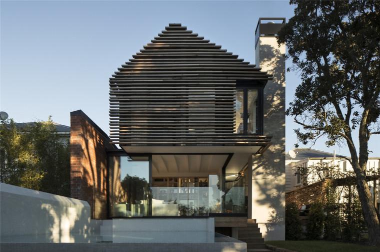 新西兰木质格栅后的住宅