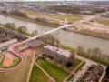464大桥上Ω形的自行车道