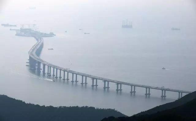 科普!看完这篇文章,你就知道港珠澳大桥为什么是弯的了!