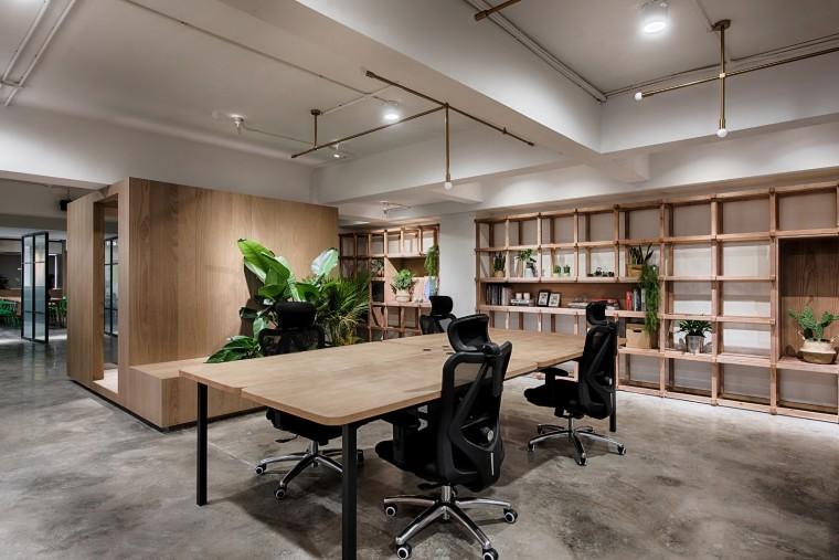 重庆优合志造的办公室-1543372159161872