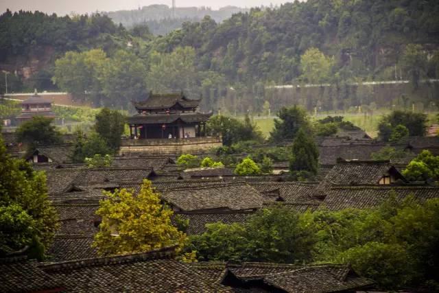 中国最适合私奔的10个小镇_15