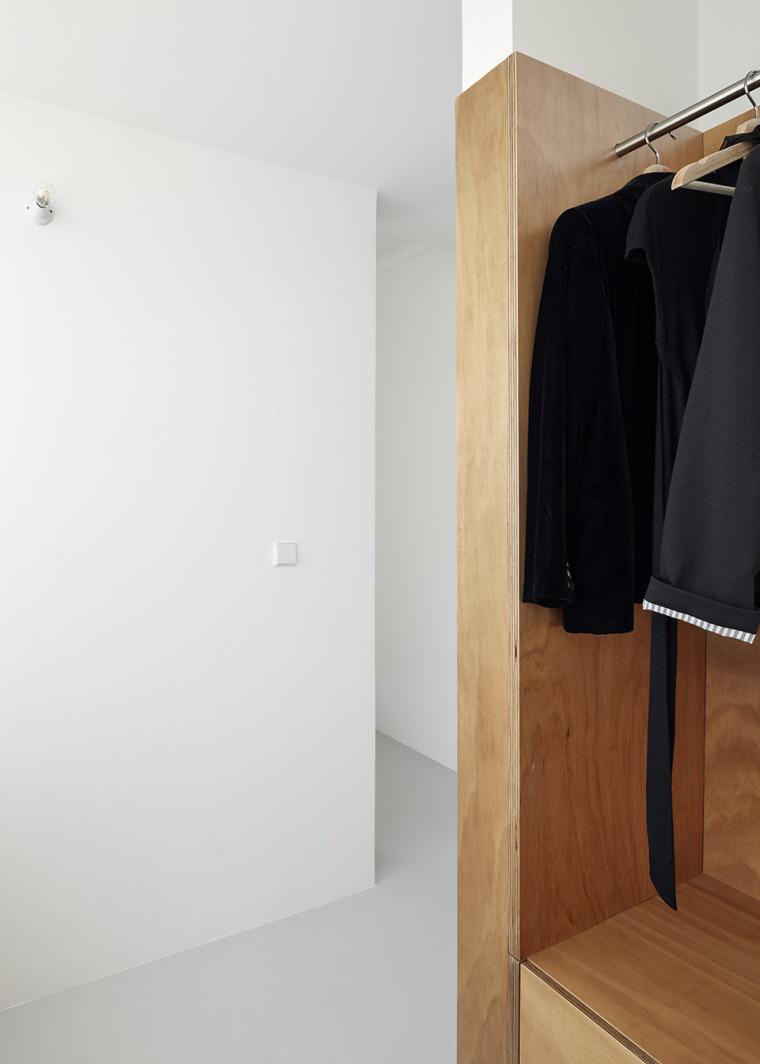 葡萄牙Beato极简公寓改造-011-Beato-Apartment-Renovation-by-Arriba