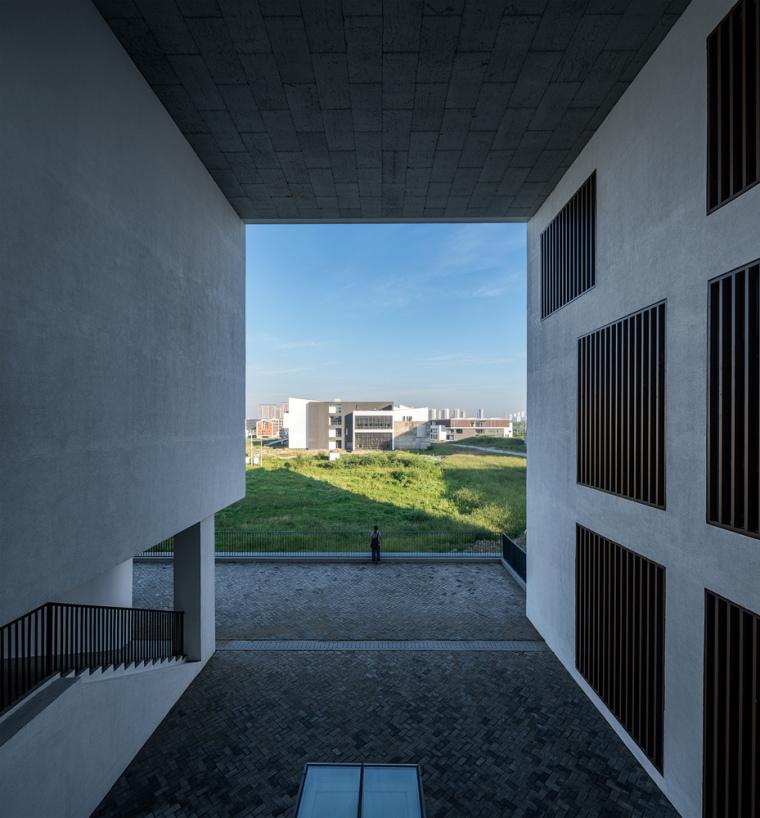 安徽大学艺术与传媒学院美术楼-8
