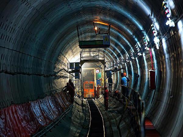 结合柳塘隧道谈谈隧道施工监理要点