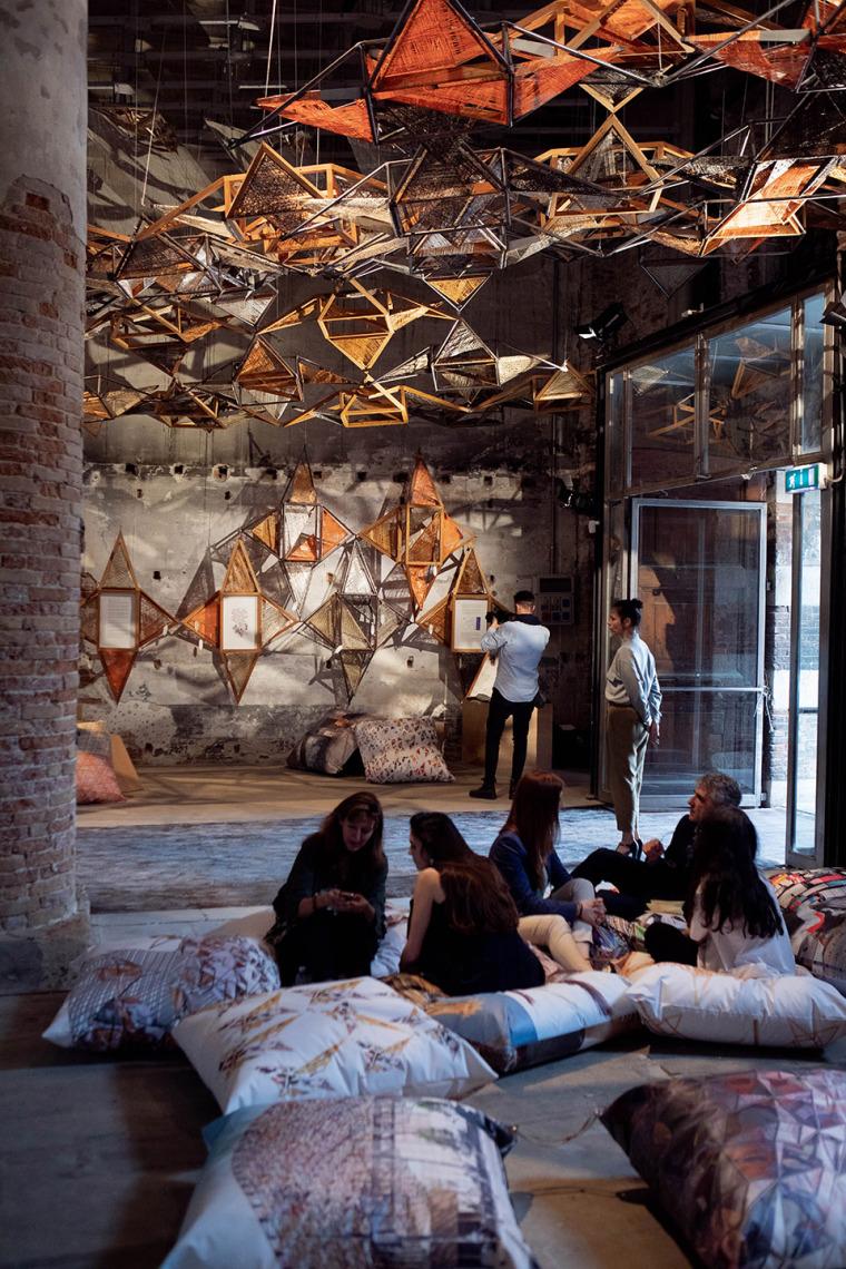 意大利建筑元素的编织艺术实景图 (4)