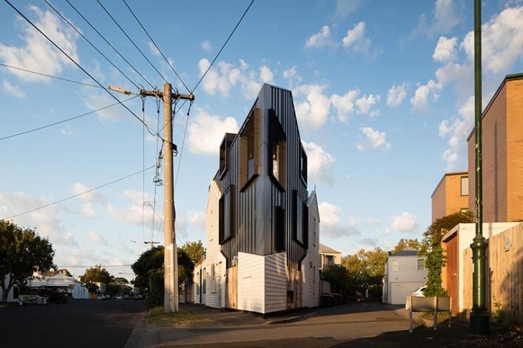 狭小异形地带的危房改造,赋予建筑新的生命