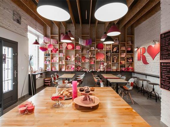 波兹南红粉佳人Rozove咖啡厅-波兹南红粉佳人Rozove咖啡厅第1张图片