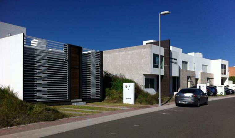 圣地亚哥社区绿色房子_13