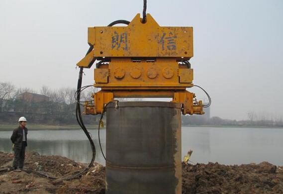 液压振动锤的抗沉降施工工法