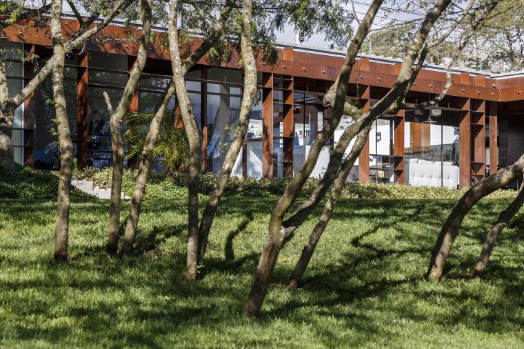 厄瓜多尔隐形边界的住宅-5