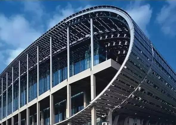 大型钢结构滑移安装施工技术