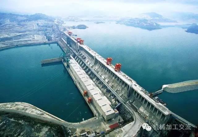 搬迁可行性研究报告资料下载-世界超级水坝的奇迹——长江三峡
