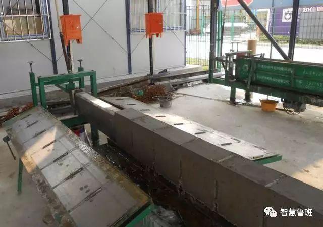 构造柱不支模板,直接浇混凝土,这技术厉害的不是一丁半点!_3