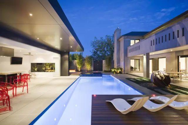 赶紧收藏!21个最美现代风格庭院设计案例_131