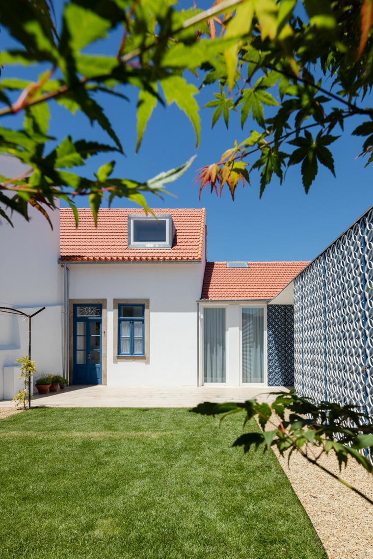 葡萄牙奥瓦尔住宅-8
