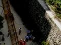突发丨海南一在建工地塔吊拆除时倒塌,致4死、多车被砸!