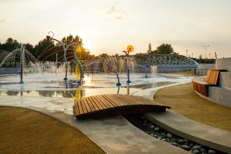 波兰亚沃日诺绿色滨水游乐场-15