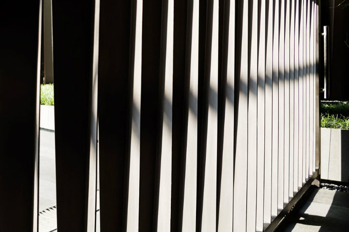 VIA49大楼公共景观——有趣的栅栏_10