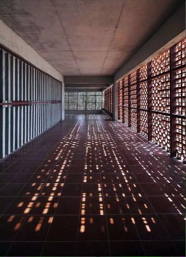 砖的艺术,看看如何把砖赋予艺术性的用在建筑上?_3