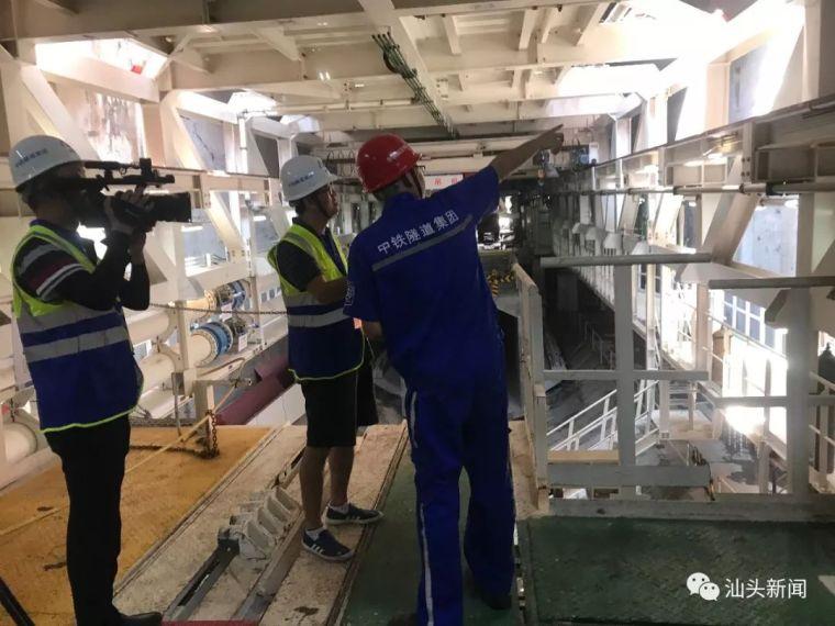 汕头海湾隧道建设稳步推进东线形成12米长主体结构_3