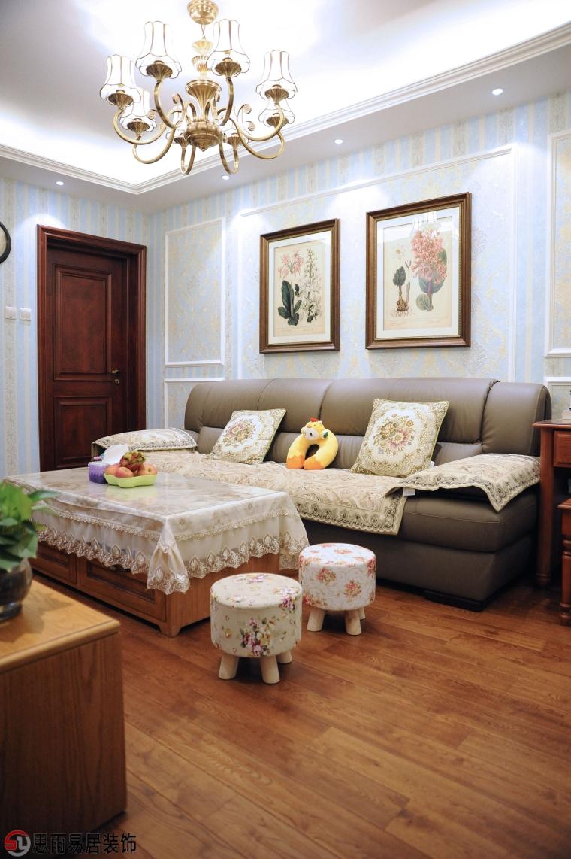 《雅舍》北京70平2居美式风格实景案例-客厅作为待客区域,一般要求简洁第1张图片