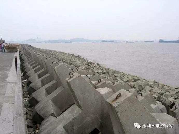 水利工程防护堤线路的选择